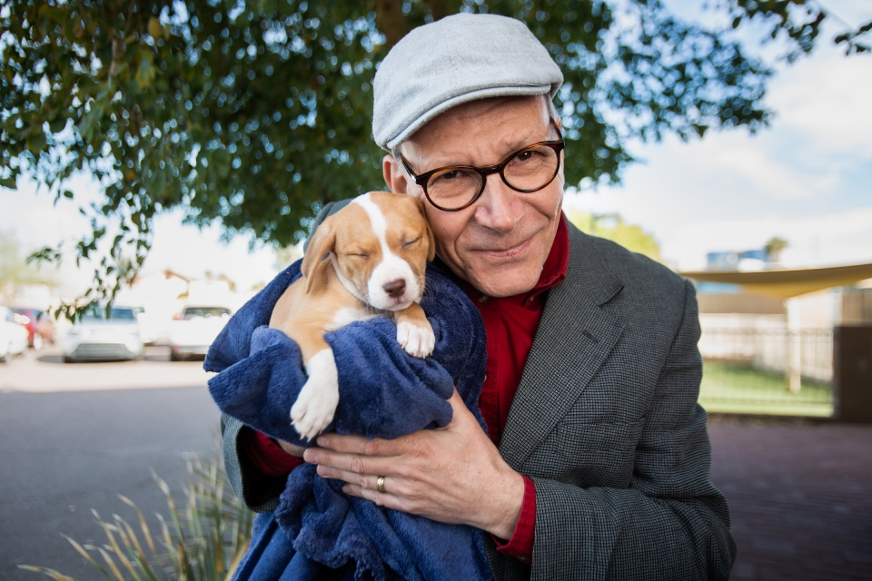 Clive Wynne with puppy