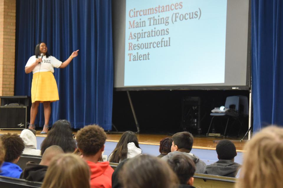 Mona Dixon presents to students