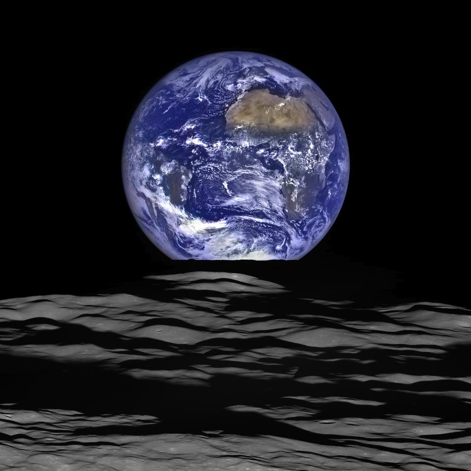 NASA image of the Earth from the Lunar Reconnaissance Orbiter