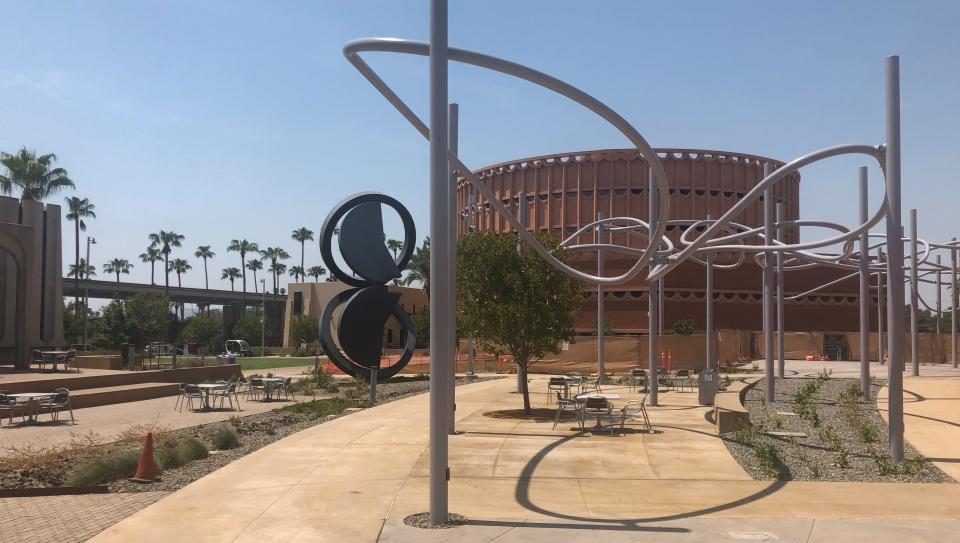 ASU Gammage music plaza