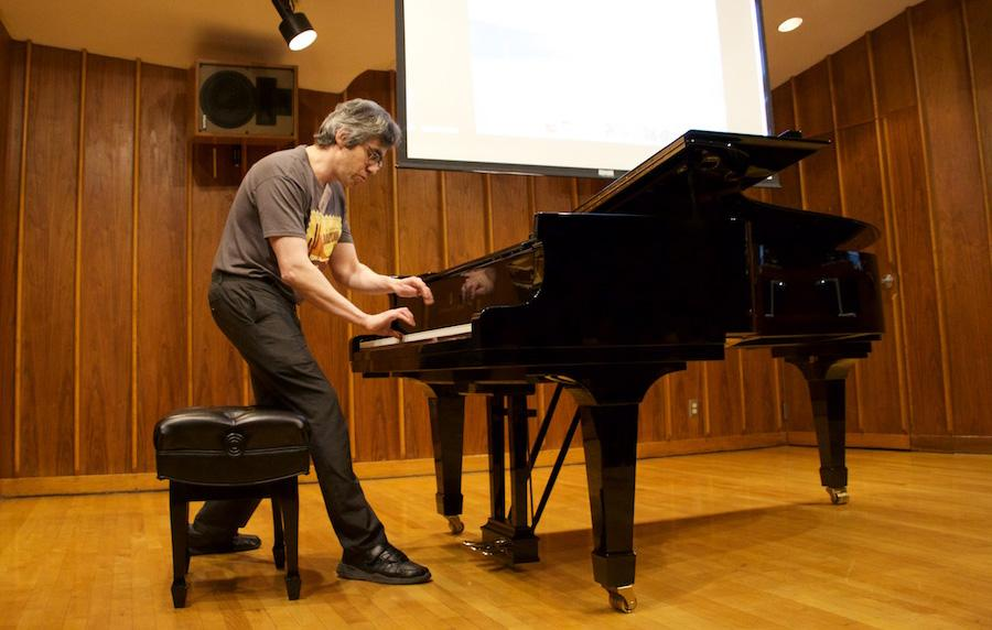 Harvard math professor Noam Elkies giving a talk about music.