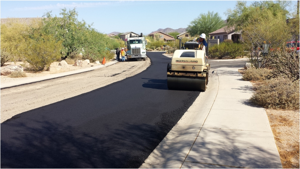 Road pavements are strengthed with synthetic fibers for more durability
