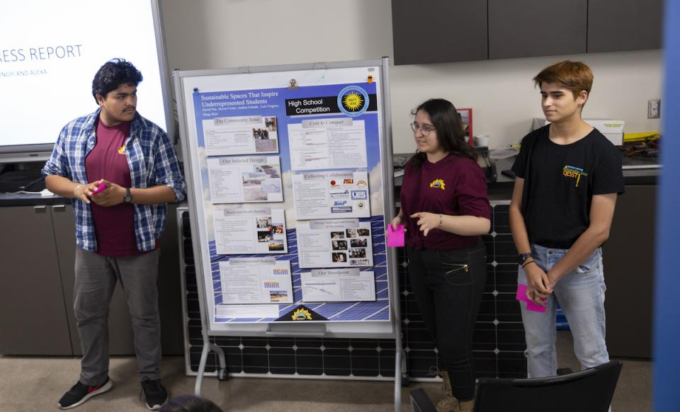 people presenting research