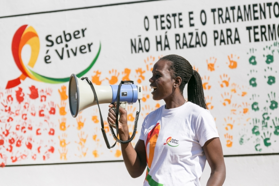 The Clarisse Machanguana Foundation is empowering Mozambican youth through health, education and sports programs.