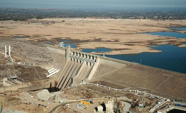 Drought's affect on Folsom lake