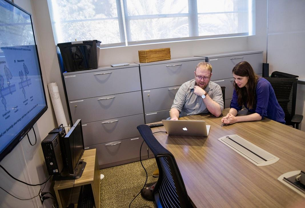 SOLS researchers Sara Brownell and Christian Wright create biology assessment