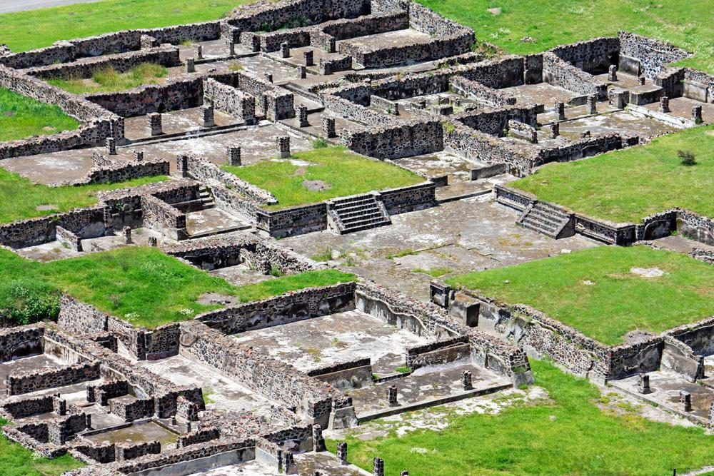"photo of Teotihuacan housing compound ""Palace of the Sun"""