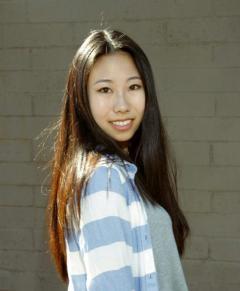 portrait of ASU Flinn Scholar Maggie Zheng