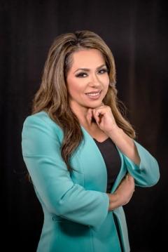 Univision journalist Mary Rabago portrait
