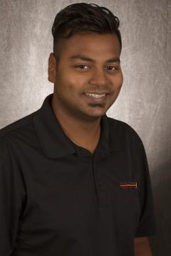 portrait of ASU engineering grad Mayank Prasad